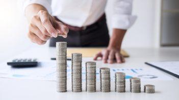 """Geldanlage -Test 2021 - Vom Niedergang des Guthabenzinses oder die Frage """"Wie können Banken und Kunden darauf reagieren?"""""""